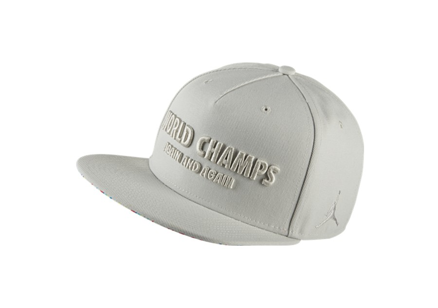 4c170153077 NIKE AIR JORDAN CELEBRATION PACK CAP SNAPBACK LIGHT BONE price €32.50 |  Basketzone.net