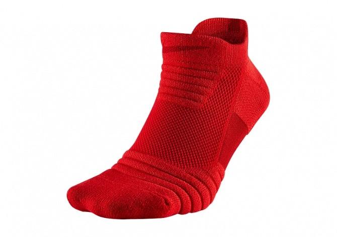 NIKE ELITE VERSATILITY LOW BASKETBALL SOCKS UNIVERSITY RED