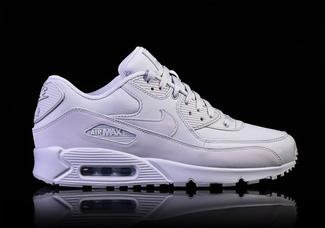 the latest 9d323 c929d NIKE AIR MAX 90 ESSENTIAL WOLF GREY