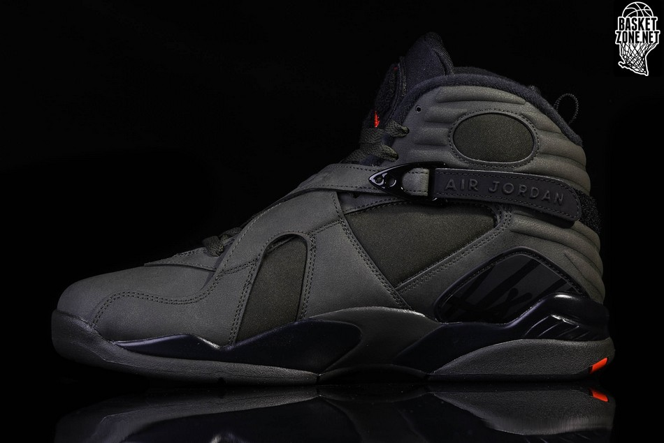6a83f0308be0ab NIKE AIR JORDAN 8 RETRO BG TAKE FLIGHT (SMALLER SIZE) price €127.50 ...