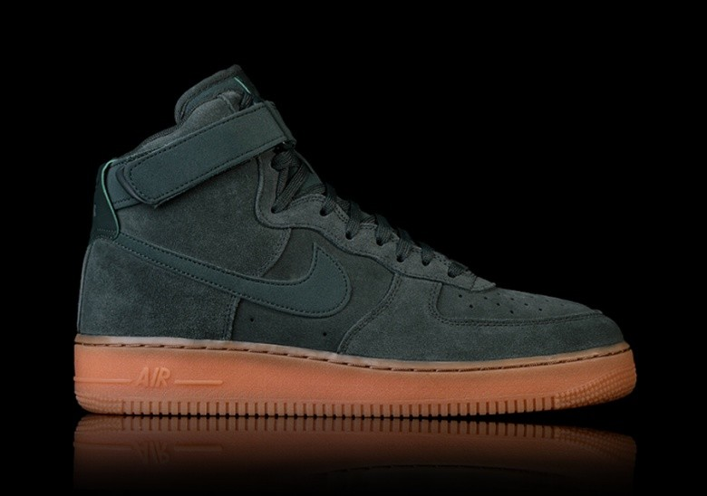 on sale eac04 663a3 NIKE AIR FORCE 1 HIGH  07 LV8 SUEDE GREEN