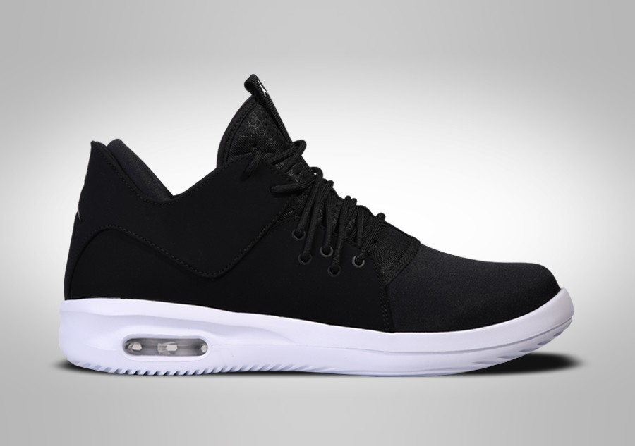 new concept a92a0 42b70 NIKE AIR JORDAN FIRST CLASS OREO