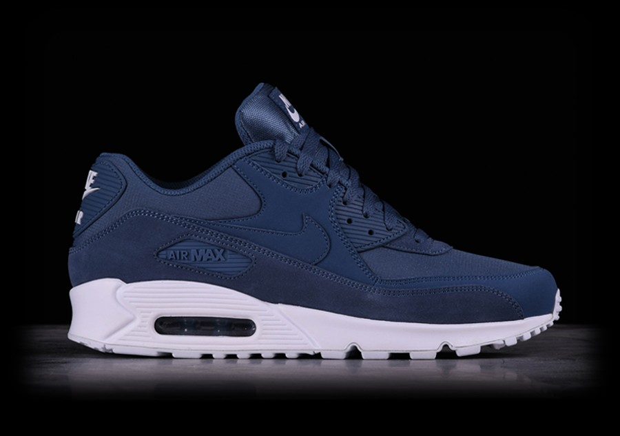 3a0609516f3 NIKE AIR MAX 90 ESSENTIAL DIFFUSED BLUE per €127