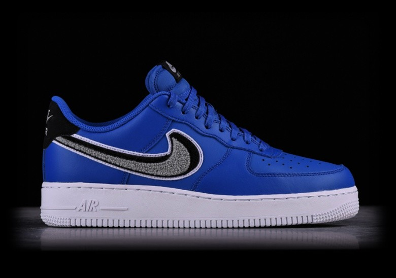 new arrival 357f7 ce99d NIKE AIR FORCE 1  07 LV8 GAME ROYAL