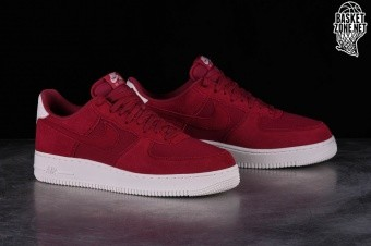 competitive price 4dab1 5022e NIKE AIR FORCE 1 07 SUEDE RED CRUSH