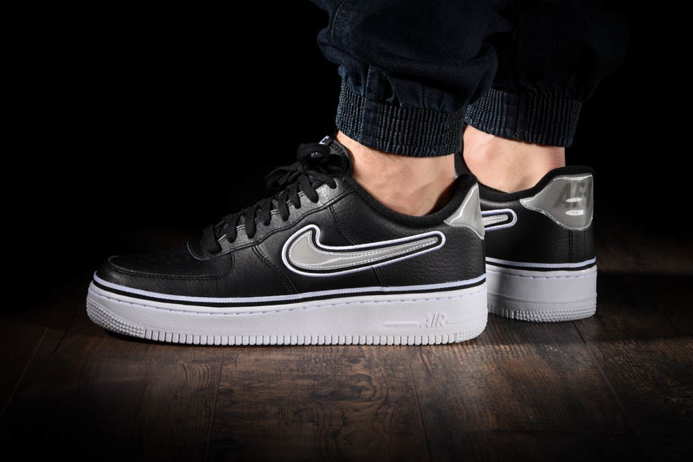 NIKE AIR FORCE 1 '07 LV8 NBA SPORT PACK for £100.00