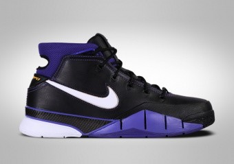 NIKE ZOOM KOBE 1 PROTRO BLACK OUT