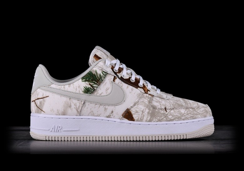 NIKE AIR FORCE 1 '07 LV8 3 REFLECTIVE CAMO WHITE