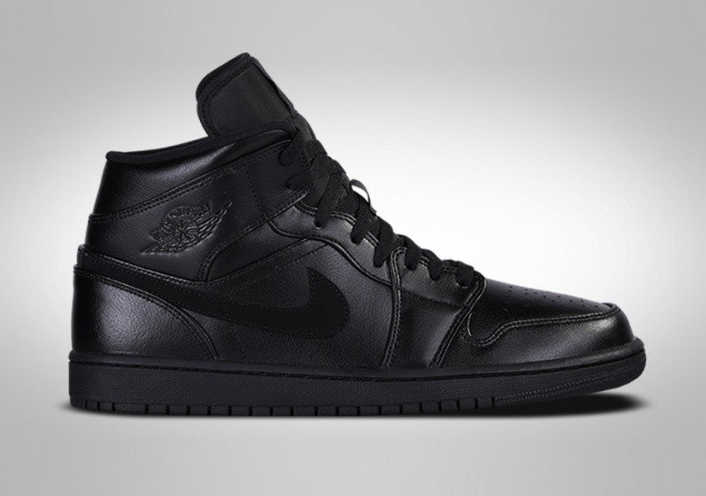 NIKE AIR JORDAN 1 RETRO MID TRIPLE BLACK