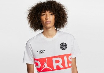 NIKE AIR JORDAN PSG PARIS SAINT-GERMAIN WORDMARK TEE WHITE
