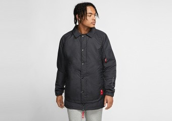 NIKE KYRIE PROTECT JACKET BLACK