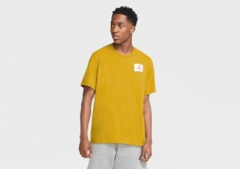 NIKE AIR JORDAN FLIGHT ESSENTIALS CREW TEE DARK SULFUR