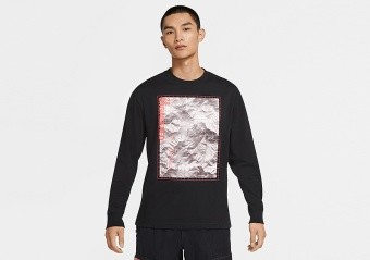 NIKE AIR JORDAN 23 ENGINEERED LONG-SLEEVE CREW TEE BLACK