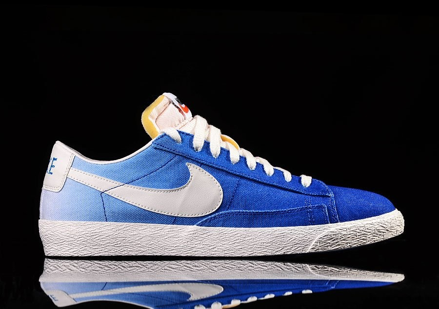 nike low canvas